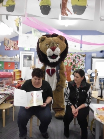 A wonderful book reading session with a very special pre-school.