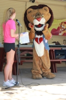 Patch and his friend Erin entertain the kids at the HeartKids WA Awareness Month Picnic.
