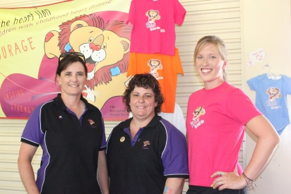 Patch's team Karen, Natalie and Erin, they had a great time with Patch in Perth - it was nice meeting everyone.